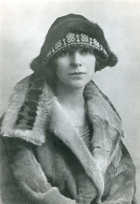 Monique Saint-Hélier (1895-1955)
